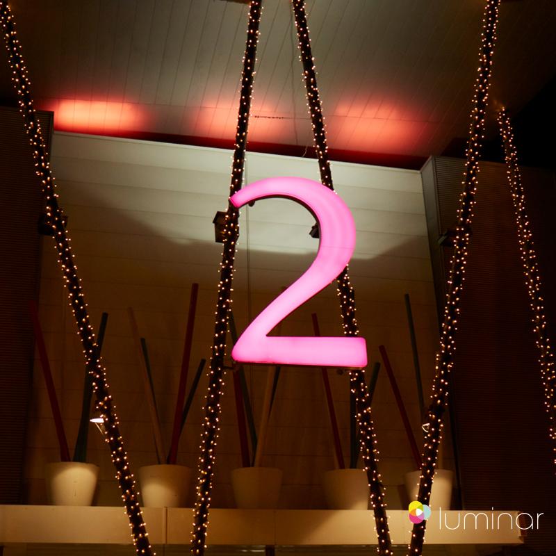 17 luminar Velizy 2 Paris
